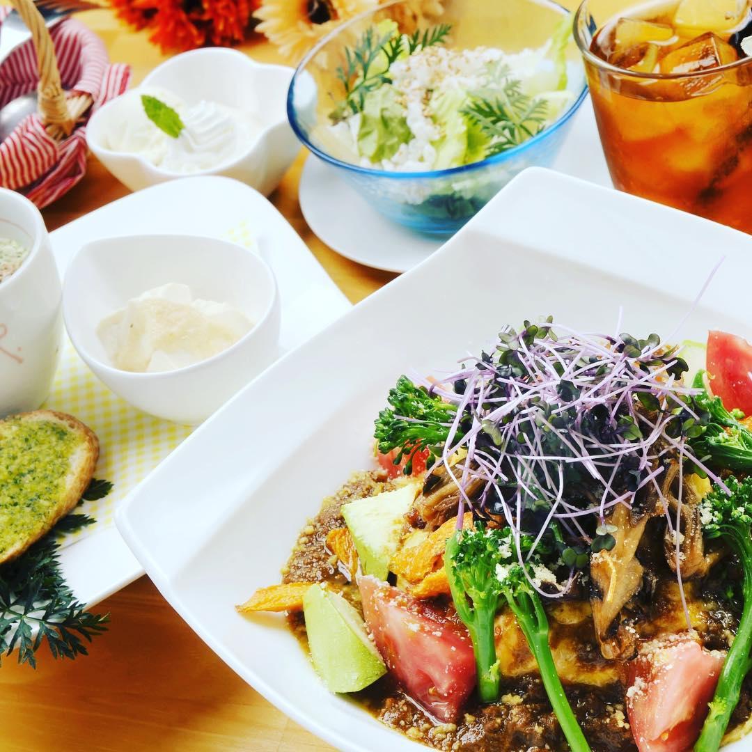 江原ハーブ豚のお野菜カレー 美味しいですよ️